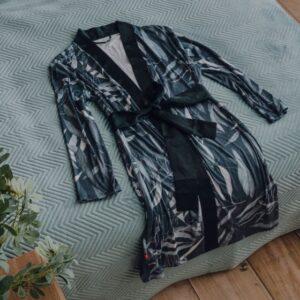 hommikumantlid/ sussid/kotid